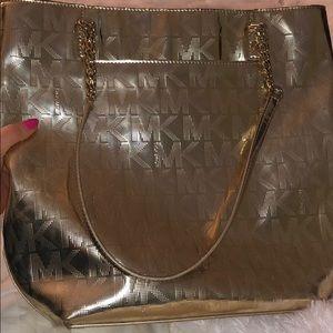 Women s Michael Kors Shoulder Bags On Sale on Poshmark 6b1b33d13f